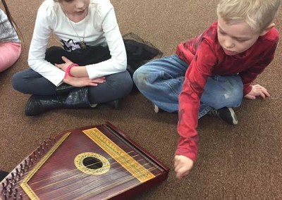 Expressing fun on the Zither